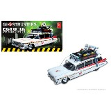 Ghostbusters 2 AMT Ecto-1a 1:25 Scale Model